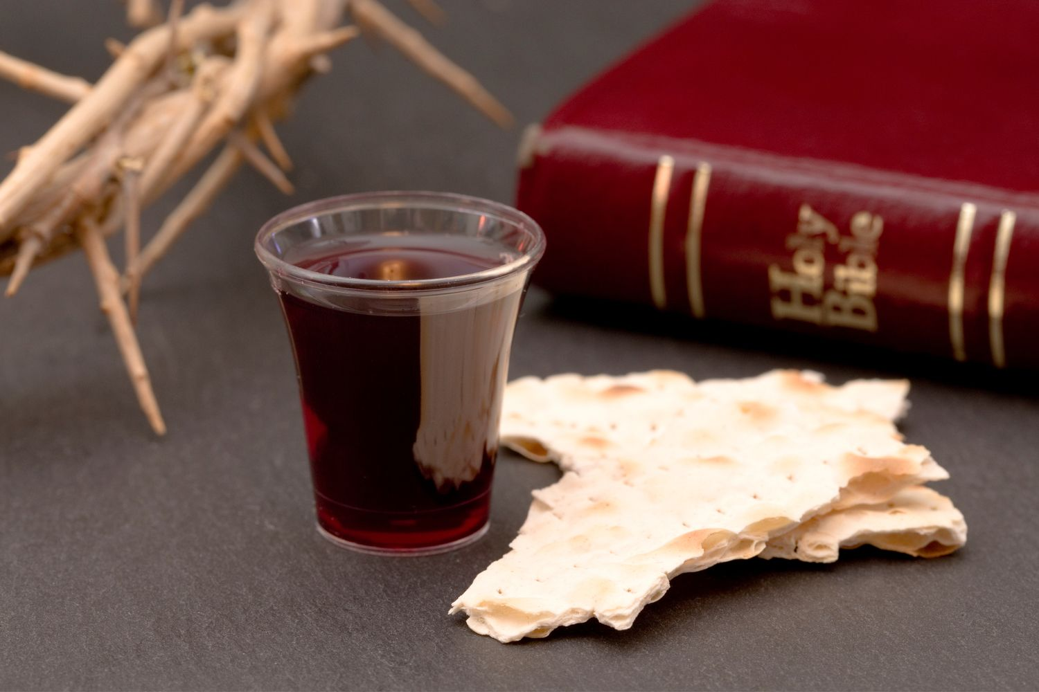How To Take Communion For Your Healing Kenneth Copeland Ministries In 2020 Lord S Supper Jesus Death Lords Supper