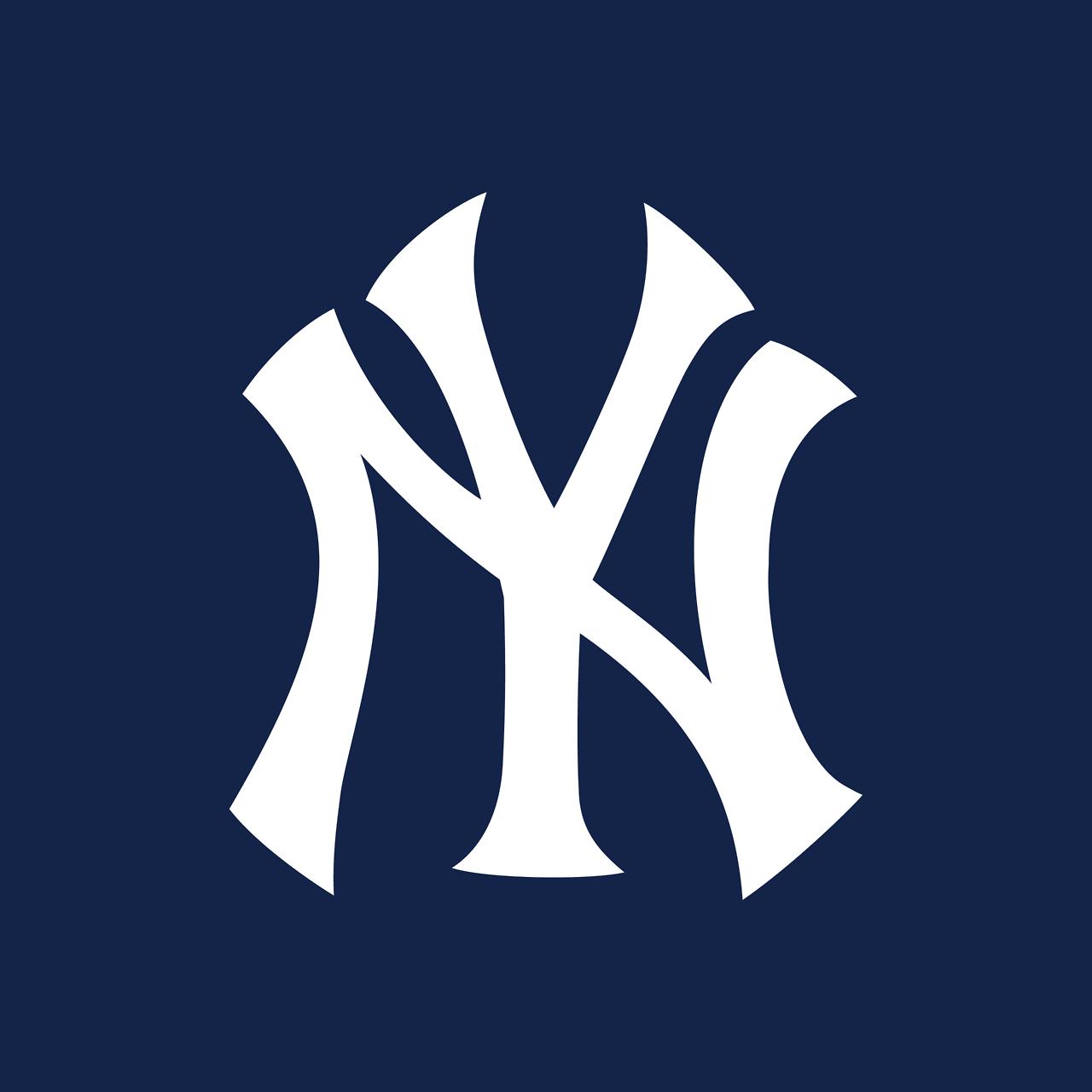 New York Yankees Mlb Designer Louis B Tiffany Firm Tiffany Co Usa Year 1909 Modified In 191 Logo Inspiration Team Decal Fashion Logo Inspiration