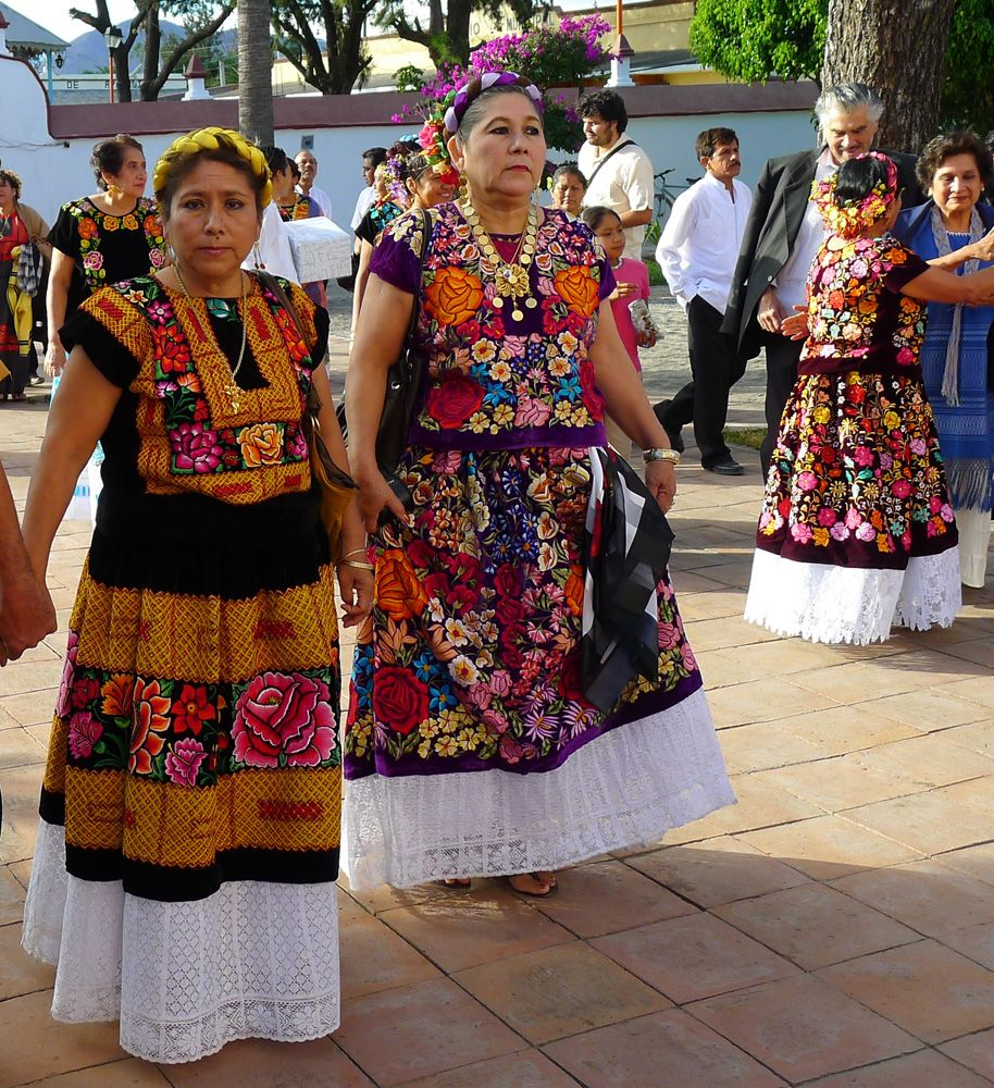 tehuantepec latino personals (tehuantepecensis) diocese in the republic of mexico, suffragan of oaxaca its area covers the southern part of the states of oaxaca and vera cruz, through the isthmus of tehuantepec its.