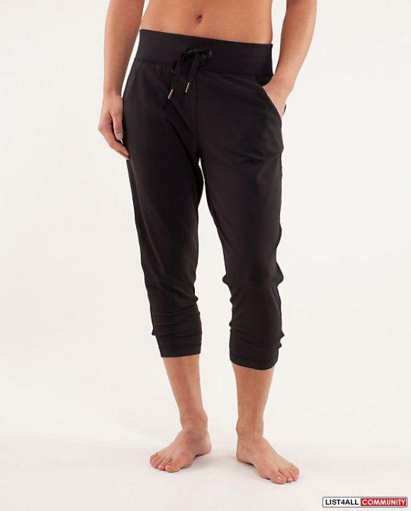 LULULEMON Free Fall Crops Capri/Cropped Pants Black Womens 6 | Fit ...