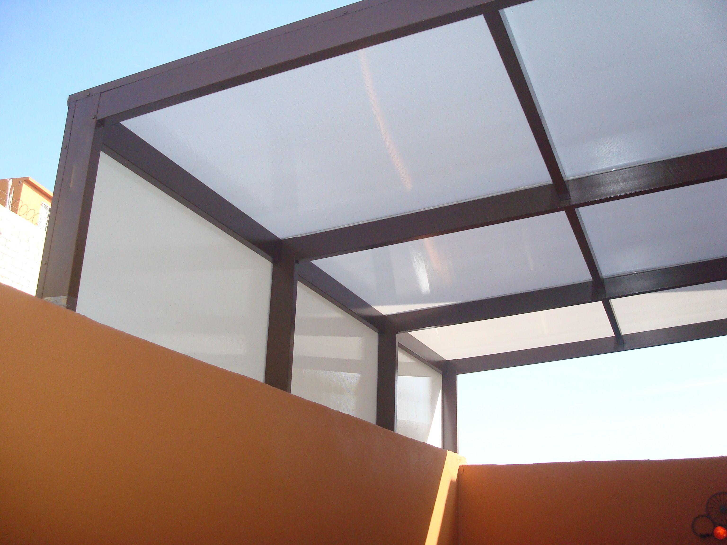 Pin de herrer a y aluminio la uni n en domos de - Tragaluces para tejados ...