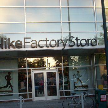 muerte absorción Presunción  Nike Factory Outlet - Portland | Nike factory, Nike factory outlet, Nike