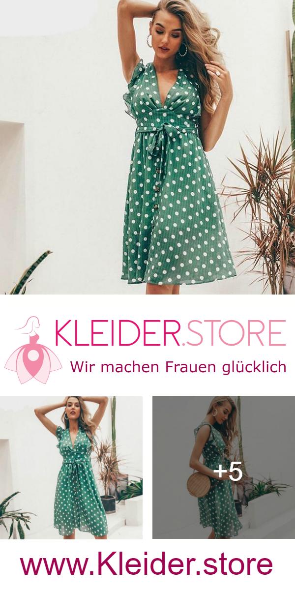 d4749f347c Schönes Sommer/Strand Kleid mit tiefem V - Ausschnitt & Gepunktet. Dir  gefällt das Kleid? Dann probiere das Kleid jetzt unverbindlich & gratis an !