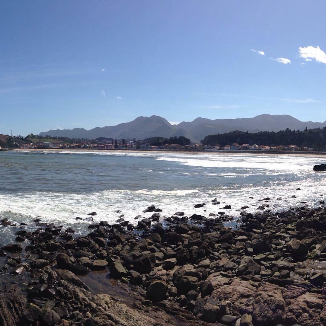 #Vista de #Ribadesella desde el #MiradorPuntaDelPozu #Asturias #España #playa #mirador #sensituris #turexperiencias