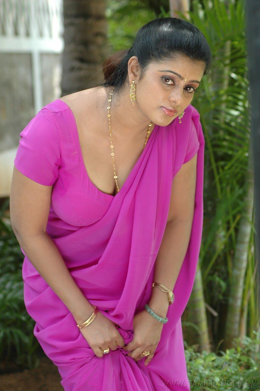 Kalla Chavi Tamil Movie Hot Stills