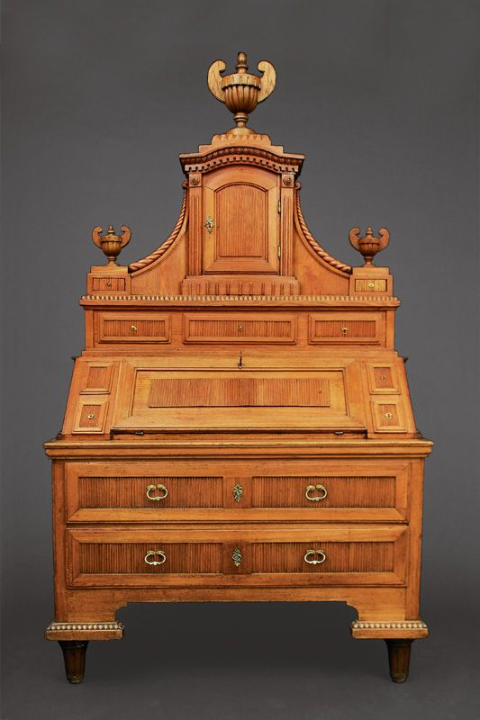 A Noble Louis Seize Secretaire Augsburg C 1770 80 Ash Tree Massive Partly Carved The Bottom With 2 Drawers The B Antike Mobel Klassizismus Auktionshaus