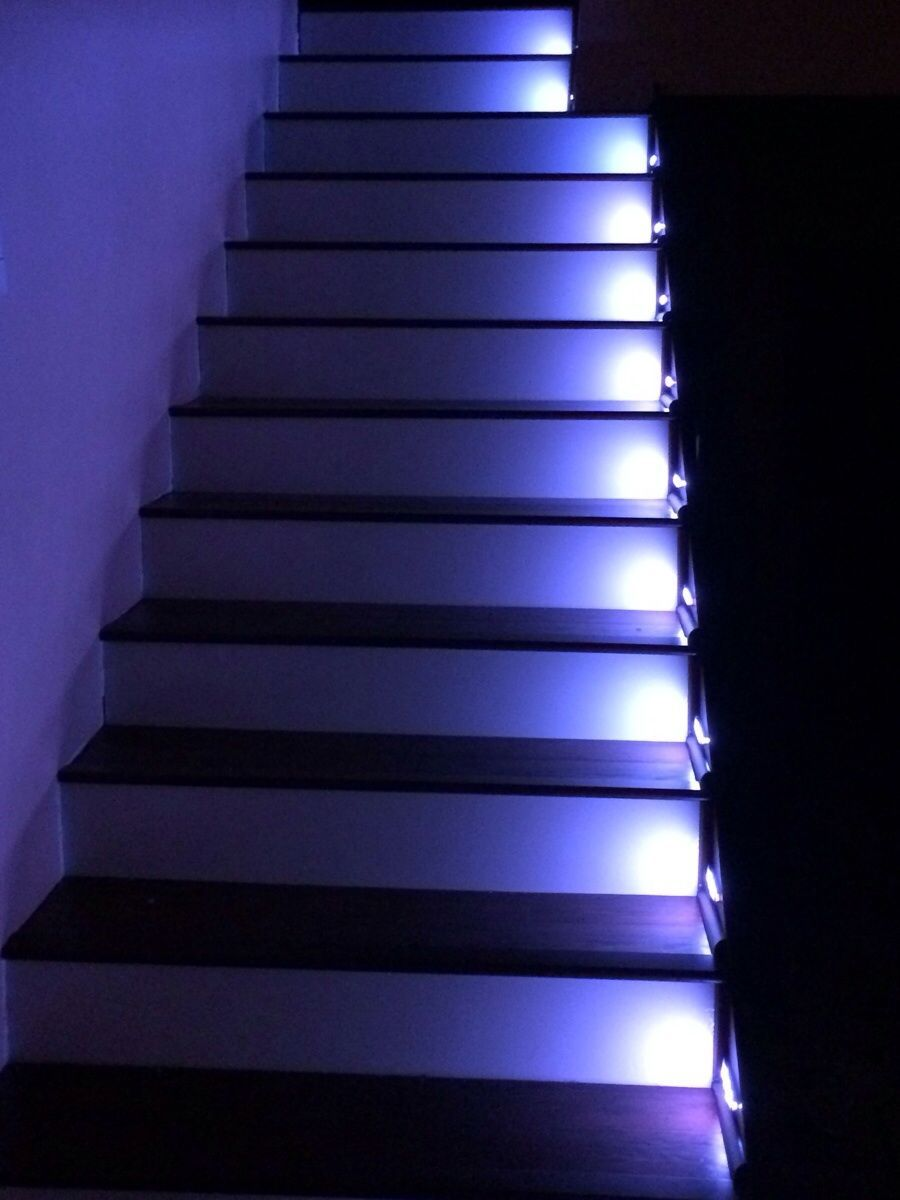 Motion Sensored Led Lights For The Stairs What A Cool Idea With Images Stair Lights Stairs Basement Renovations