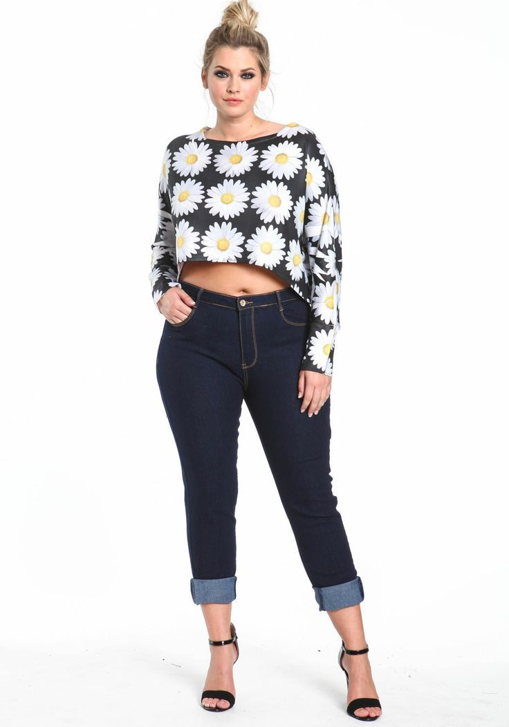 7dbe528c8a042 5 ways to wear high waisted jeans without looking frumpy | plus size ...