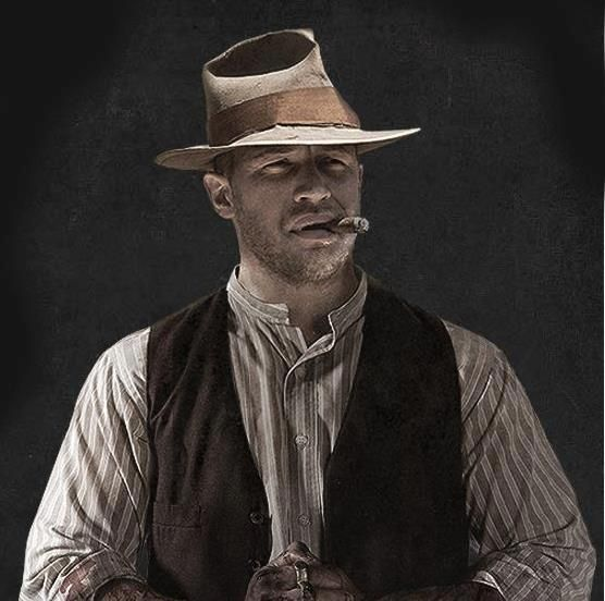 Forest from Lawless. Ooh Tom Hardy! Loved this movie, mainly because of this guy, reminds me of jake!