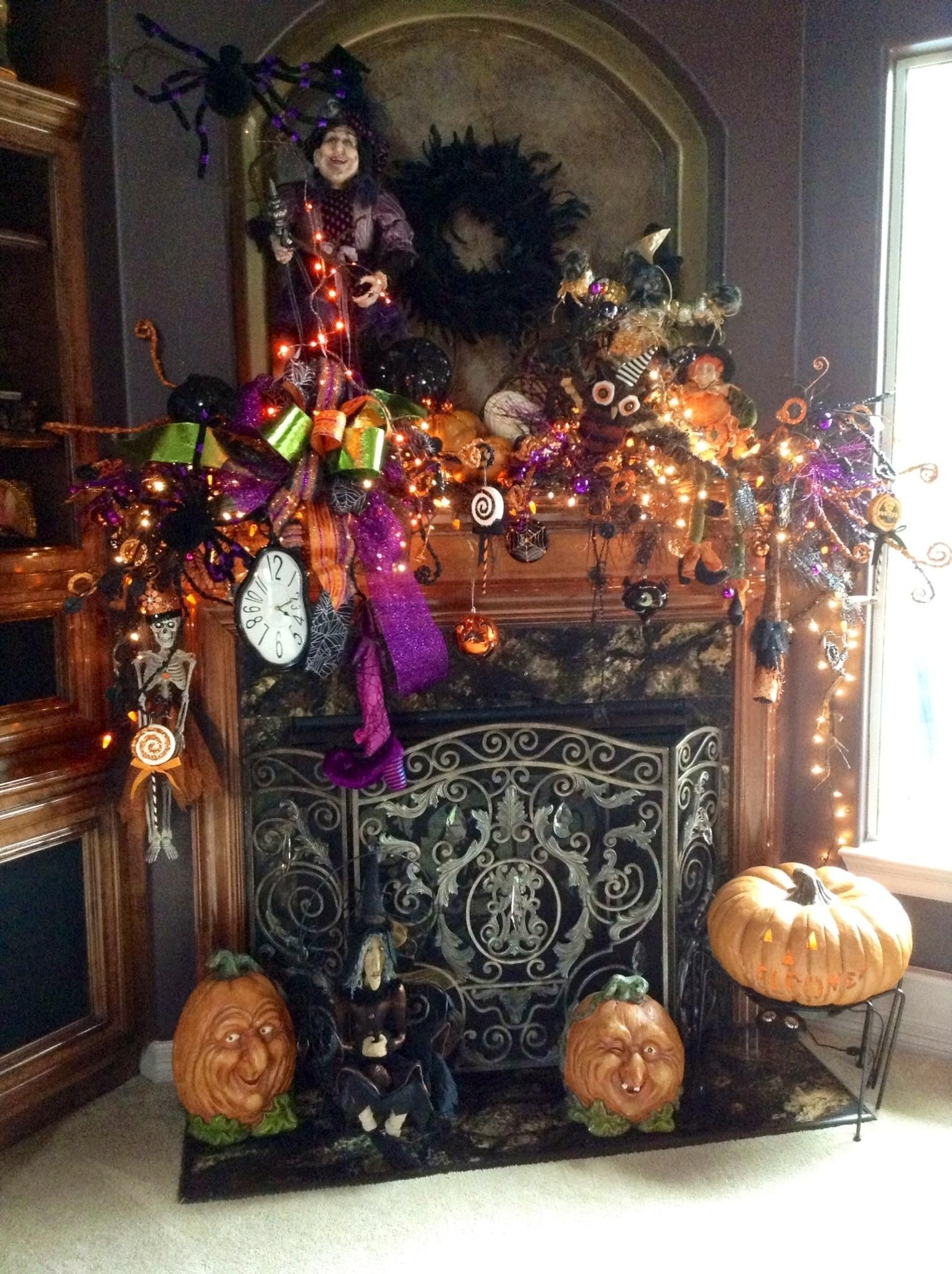 Halloween decorations  IDEAS INSPIRATIONS Halloween mantle - Halloween House Decoration