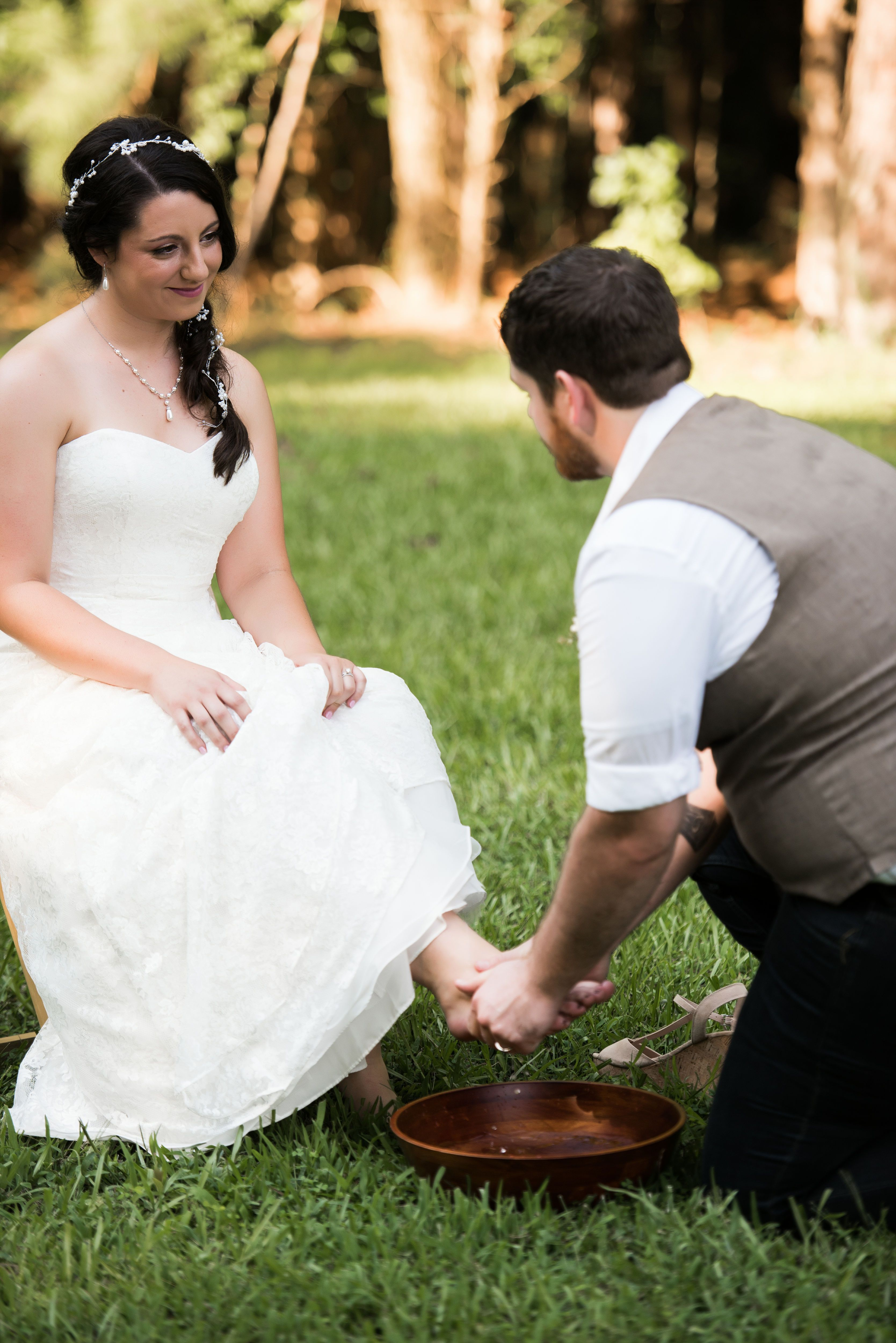 Foot Washing Commitment Ceremony For Christian Wedding Unityceremony Wedding Ceremony Unity Commitment Ceremony Hindu Wedding Ceremony