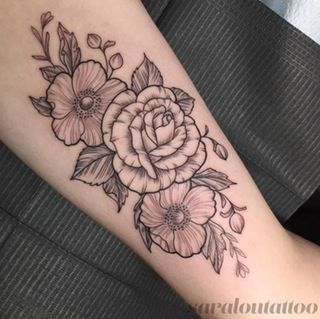 Inner Bicep Floral Piece Done By Sara At Incognito Tattoo In Los Angeles Ca From Reddit Line Tattoos Tattoos Bicep Tattoo