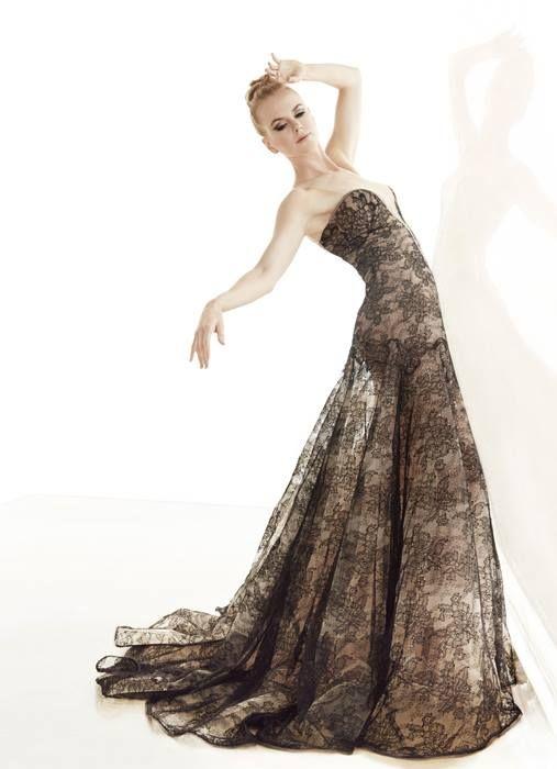Nicole Kidman in #Armani Privé