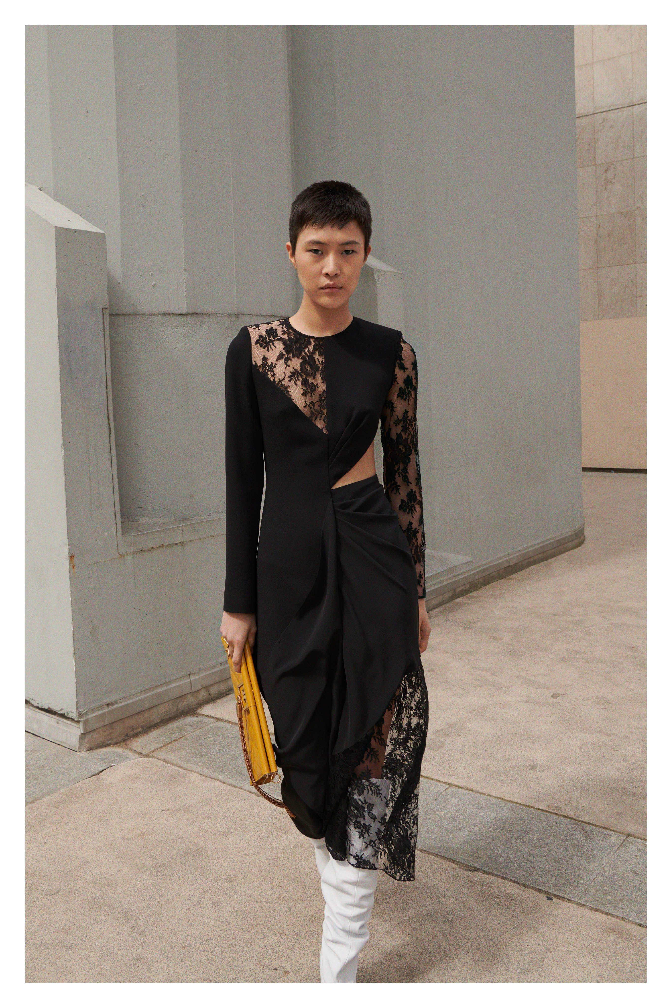 8332335ba2 Givenchy Resort 2019 Paris Collection - Vogue