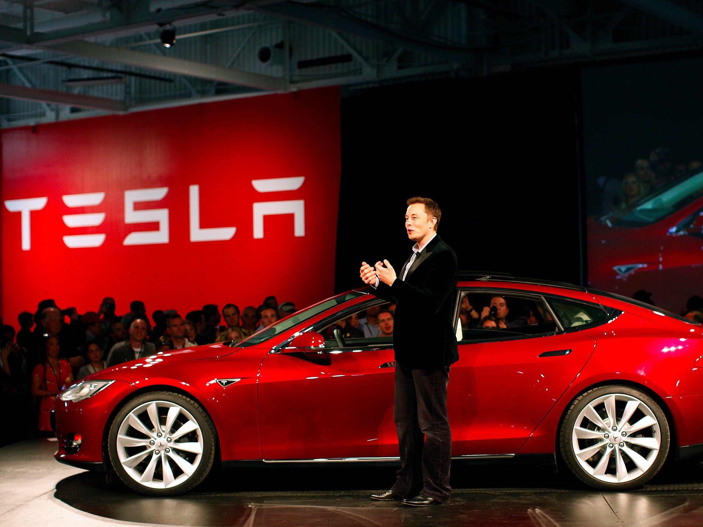 Tesla Model 3 Features, Availability, and Price | Tesla, Tesla car, Tesla ceo