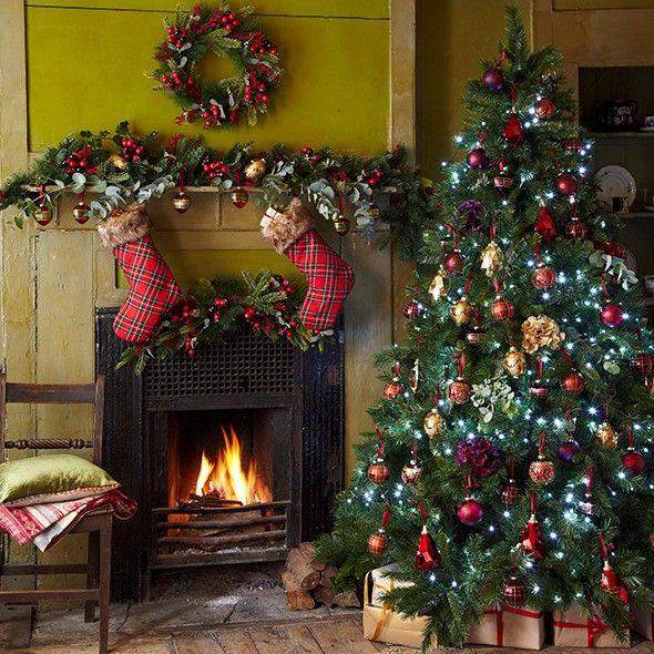 Christmas tree decorating ideas   Traditional christmas ...