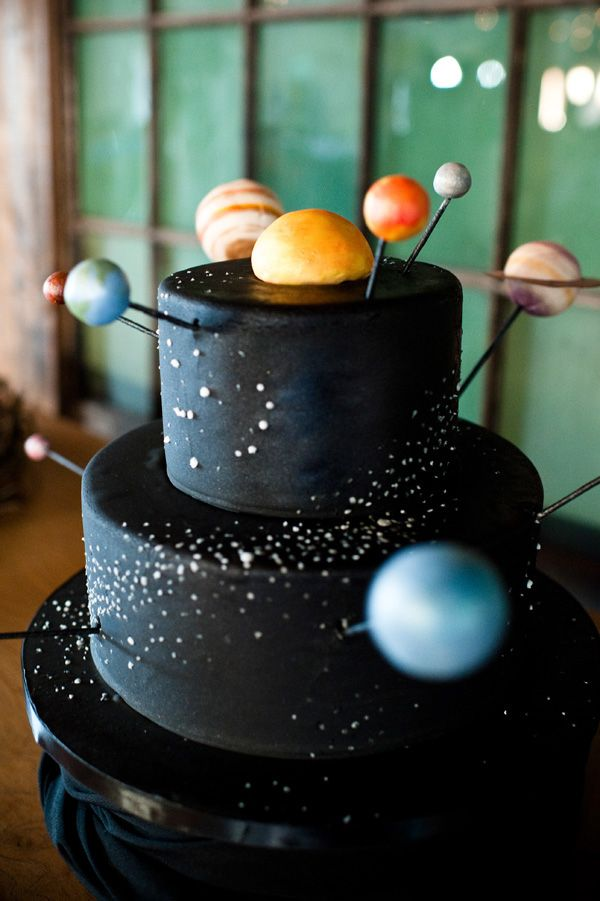 This groom's cake by The People's Cake is out of this world! Photo captured by Laurel McConnell Photography | via junebugweddings.com