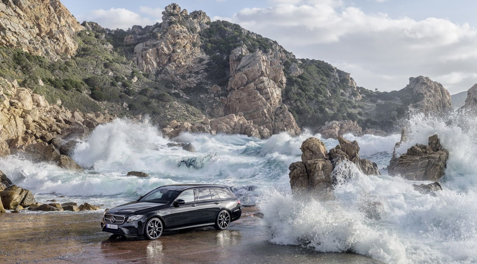 The Mercedes E43 Amg Estate Is Your Latest 400 Hp Forbidden Fruit