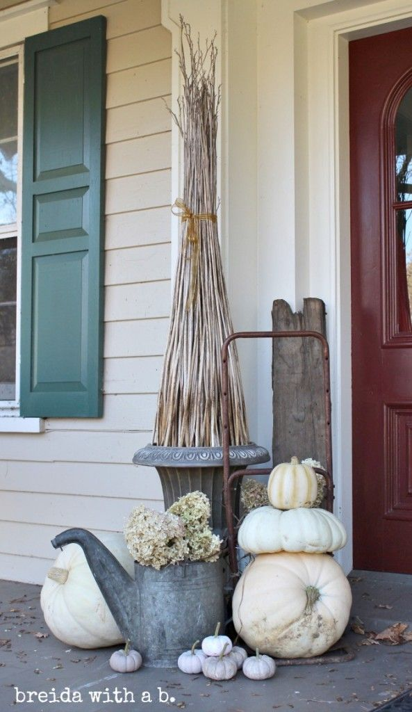 Fall Junkers Unite with a Junky Fall Porch Display, a Pin Board and a Link Up!! By Breida with a B / #falljunkersunited