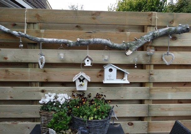 Decoracion para la valla del jardin estuche con borlas for Holzwand im garten dekorieren