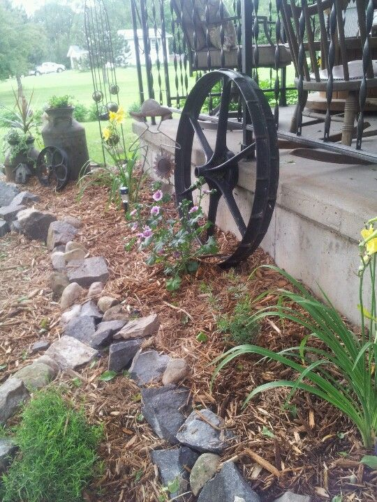 Pin By Laurie Flaherty On Landscapes Rustic Landscaping Rustic