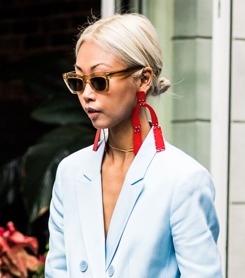 Street Style The Most Beautiful Jewelry Spotted At New York London And Milan Fashion Week