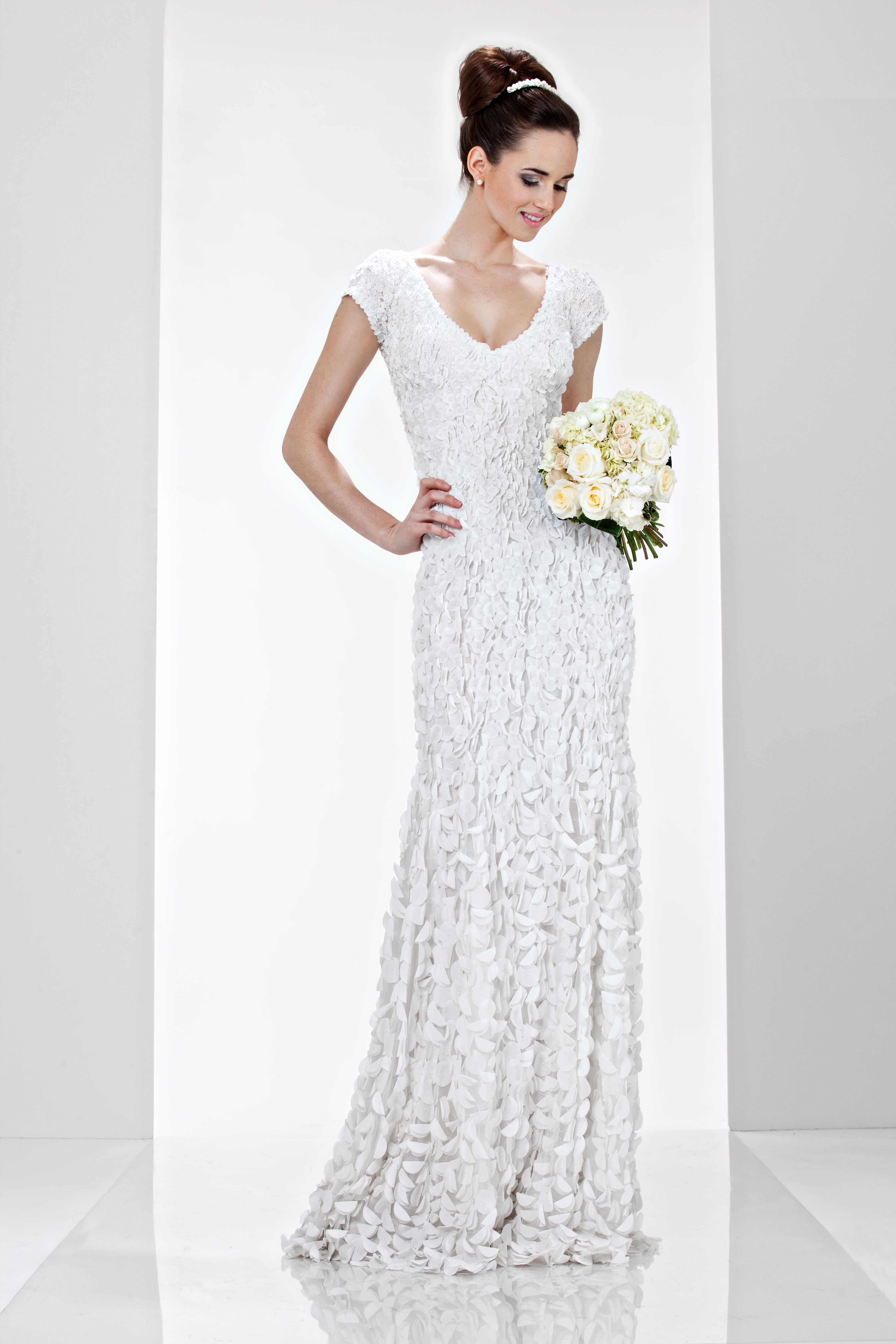 Alfred angelo dream maker wedding dress  Theia White Collection   Cap sleeve petals dress Sash