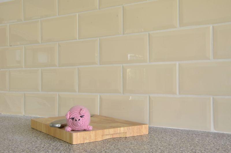 bath light cream metro tiles - Google-Suche | harrow road ...