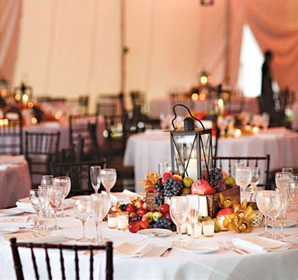 Most Stunning Round Table Centerpieces Round Wedding