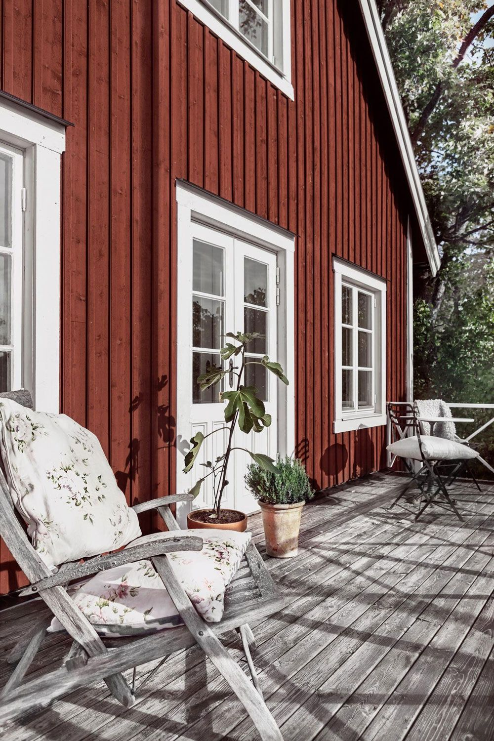 Dreaming Of This Serene Traditional Swedish Cabin Countryside House Swedish Cottage Swedish House