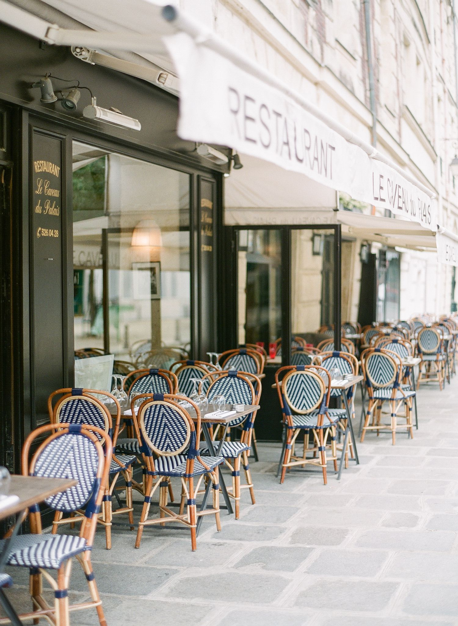 The Paris Honeymoon Guide Featured On Style Me Pretty Ideas Hotel Photography Travel