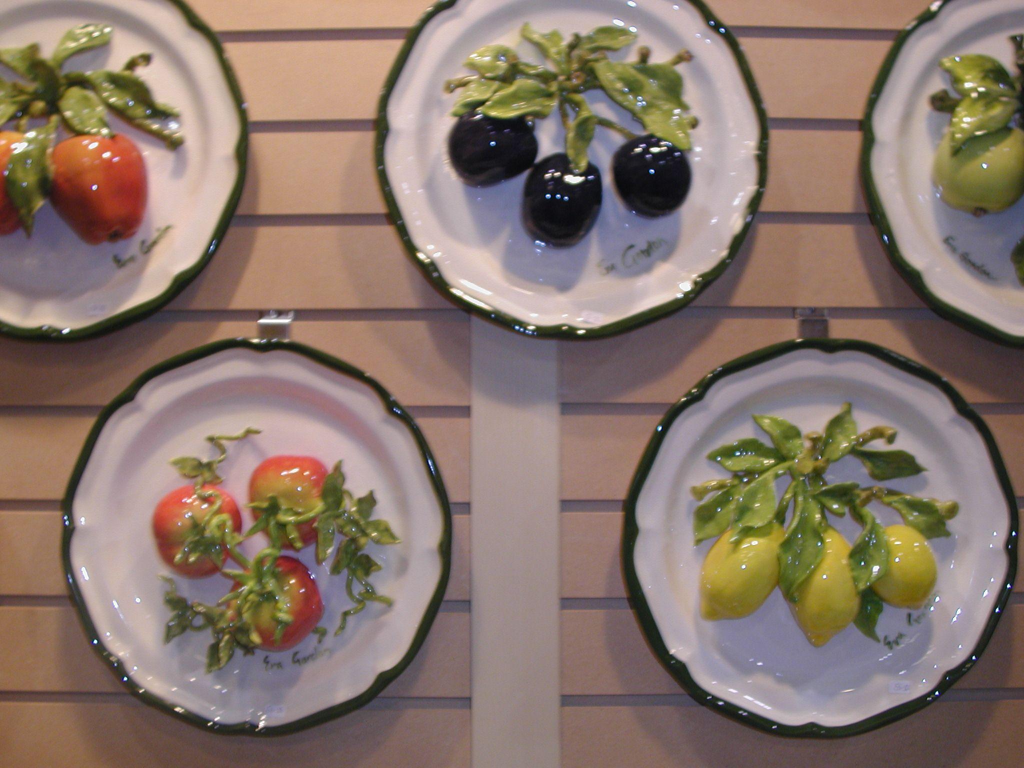 "Eva Gordon Design Studio Ceramics 12"" Plates Assorted Fruits"