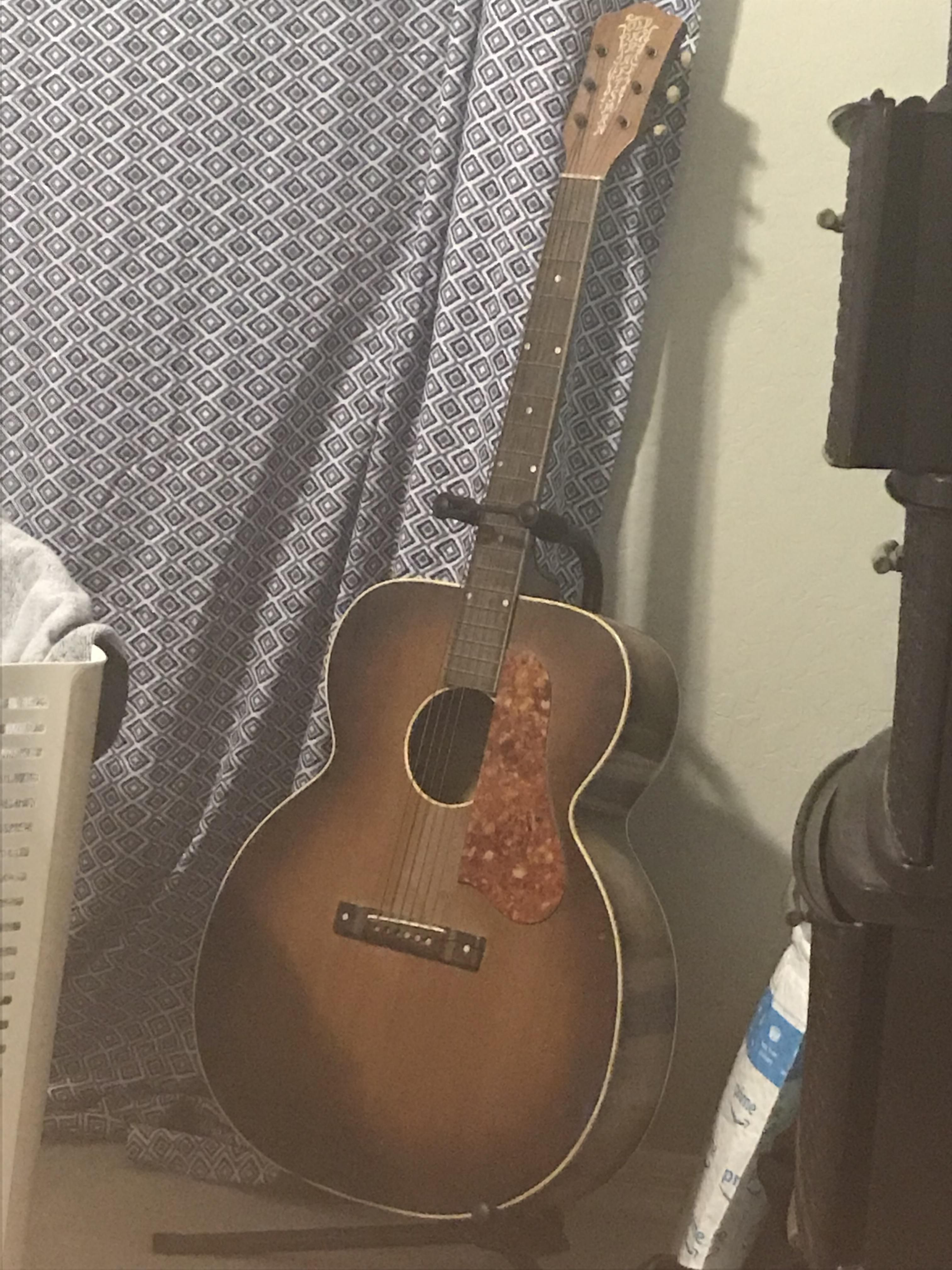 Anybody Know Anything About This Old Craftsman Acoustic Guitar Guitar Acoustic Acoustic Guitar