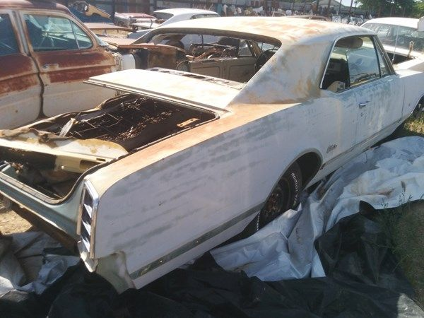 Partingout Com Oldsmobile Cutlass Oldsmobile Used Car Parts