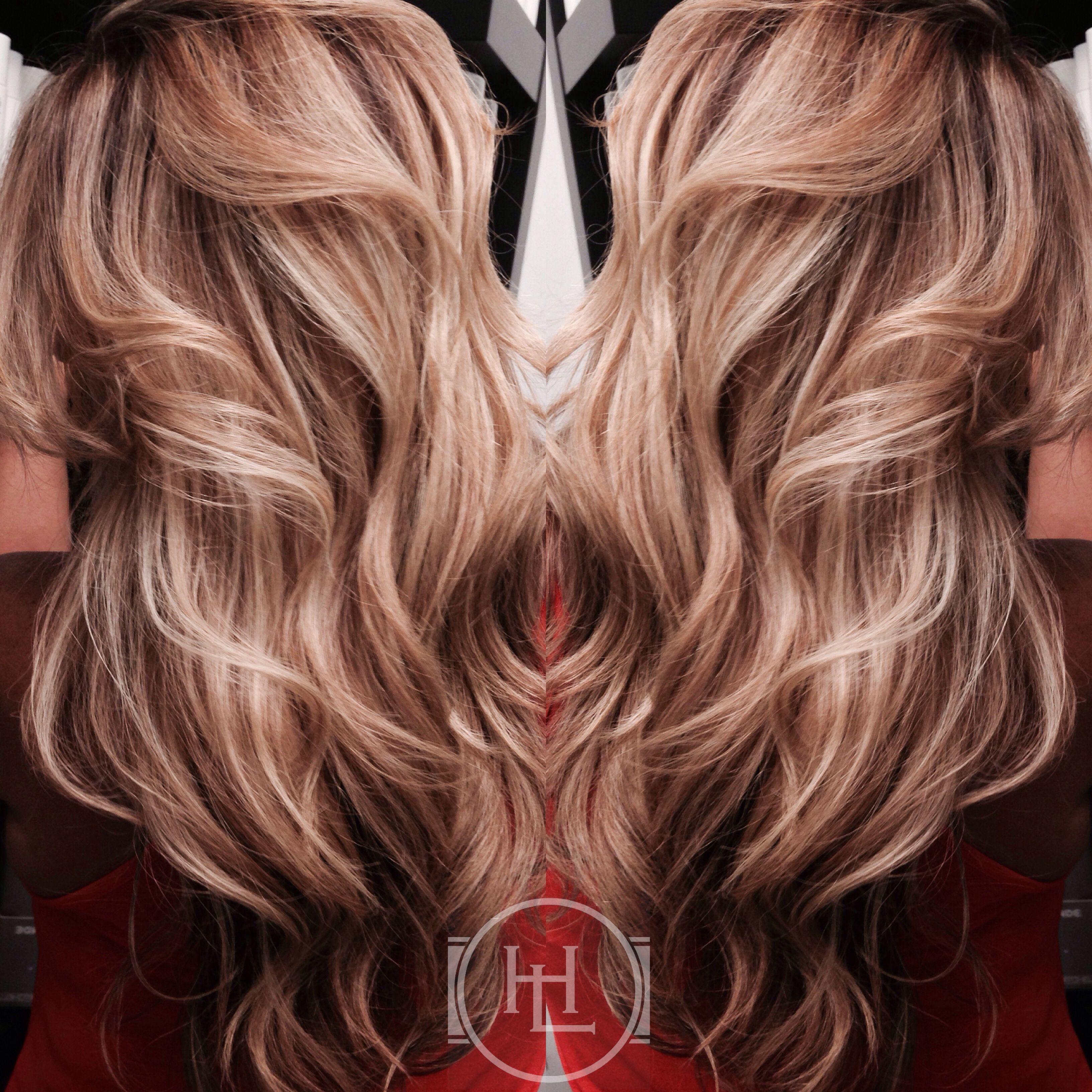 Smokey Pearl hair by: Emilio V. #hairlegacy #hairbyemilio #miamisalon #haircolor #haircut #hair #hairstylist #pictureoftheday #paulmitchellinternational #miami #miramar #mypassion #beautymall  #broward #balayage #softbalayage #paulmitchellfocussalon   #healthyhair #paulmitchelllatinamerica #treatyourhairwithkindness #nofilter #nohairextensions #naturalhair #hairbeauty #pmshines #shinesxg #vibrant #photo #passionforcolor #extrabody