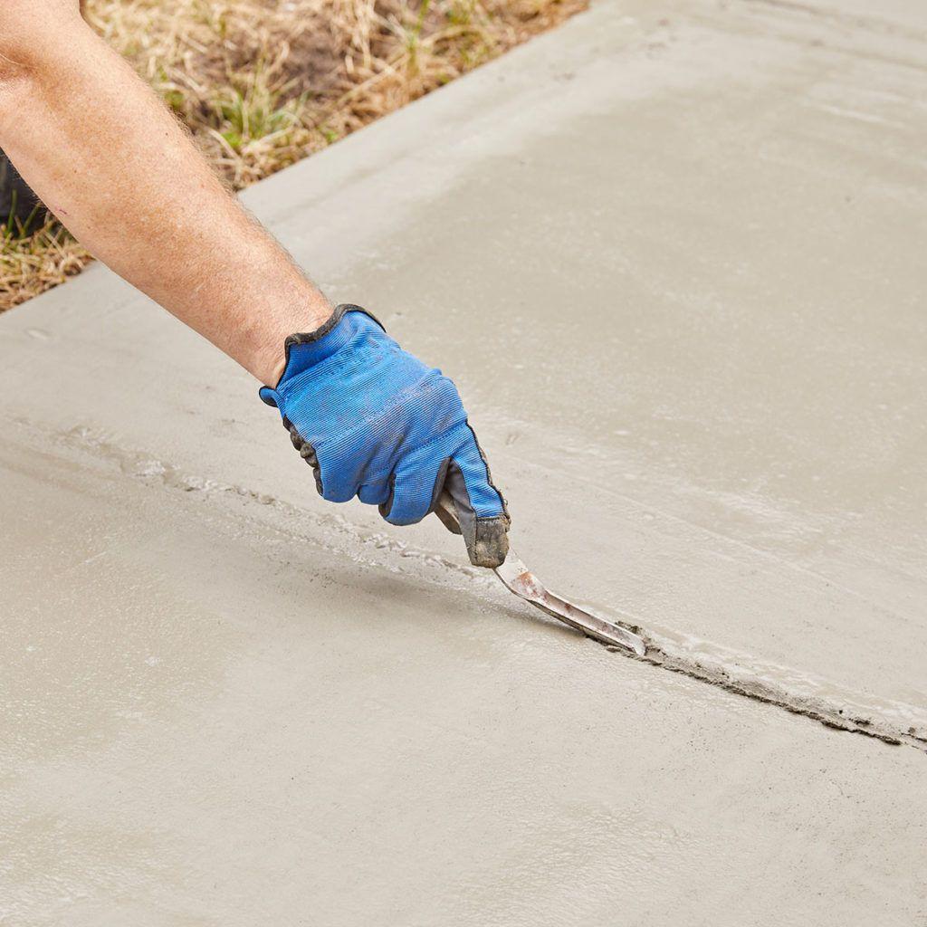 Resurfacing a Sidewalk is Easy to DIY in 2020 Concrete