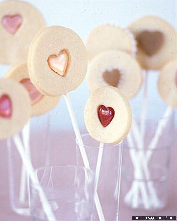 Valentine Sandwich Cookie Pops Recipe Valentines Xoxo Galletas