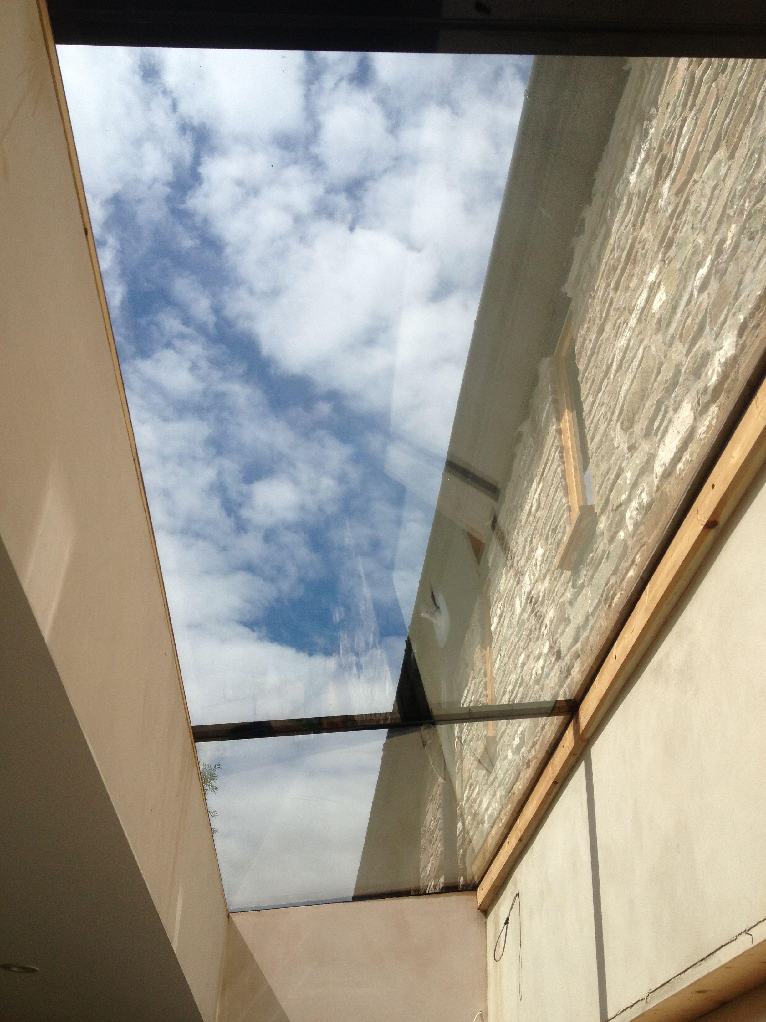 10 Captivating Green Roofing Hobbit Hole Ideas False Ceiling Design False Ceiling Roof Light