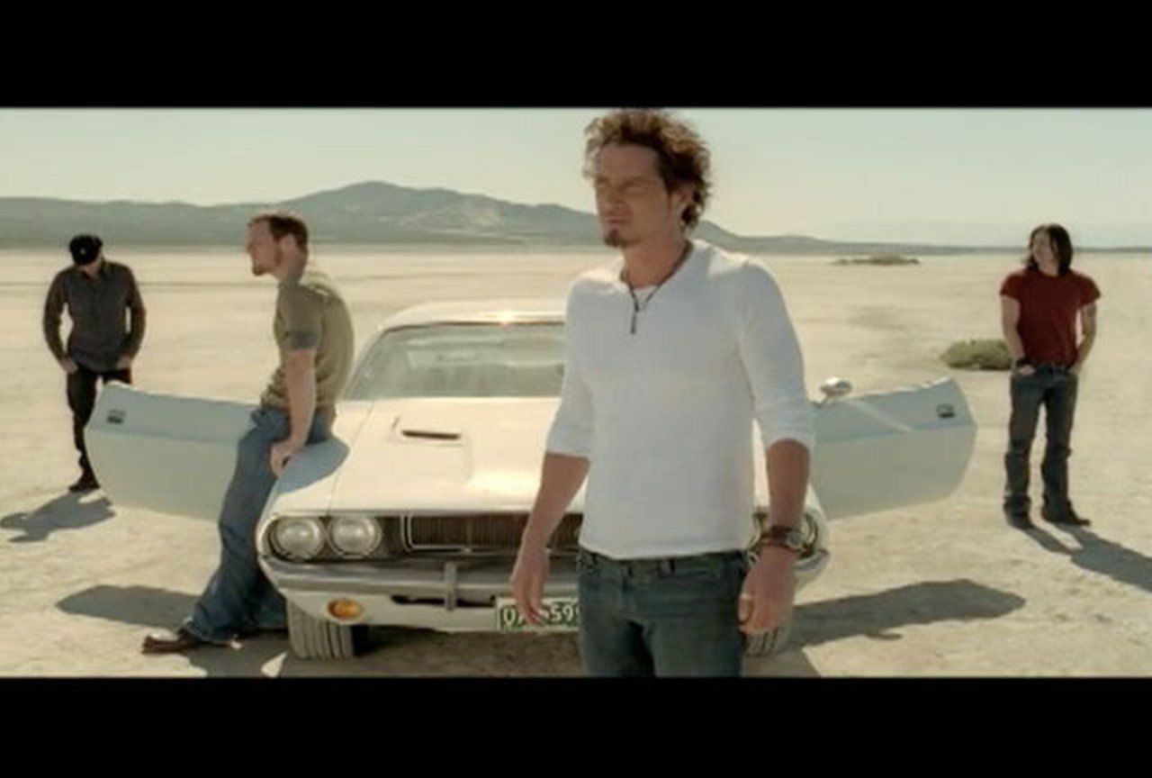 Audioslave Show Me How To Live With Images Good Music Chris