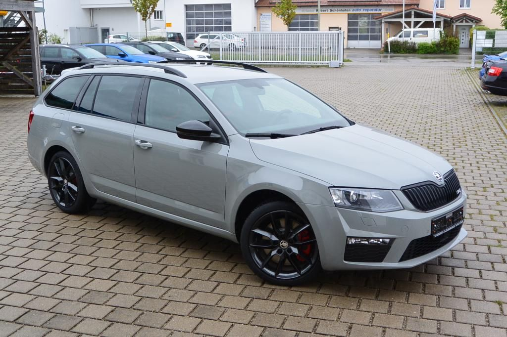 skoda octavia rs combi dsg automatik eu neuwagen reimport. Black Bedroom Furniture Sets. Home Design Ideas