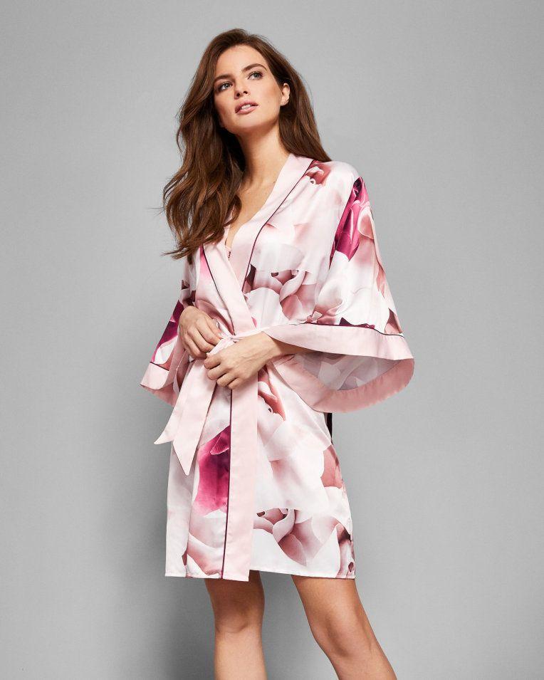Porcelain Rose kimono robe - Maroon  3121d2f0e