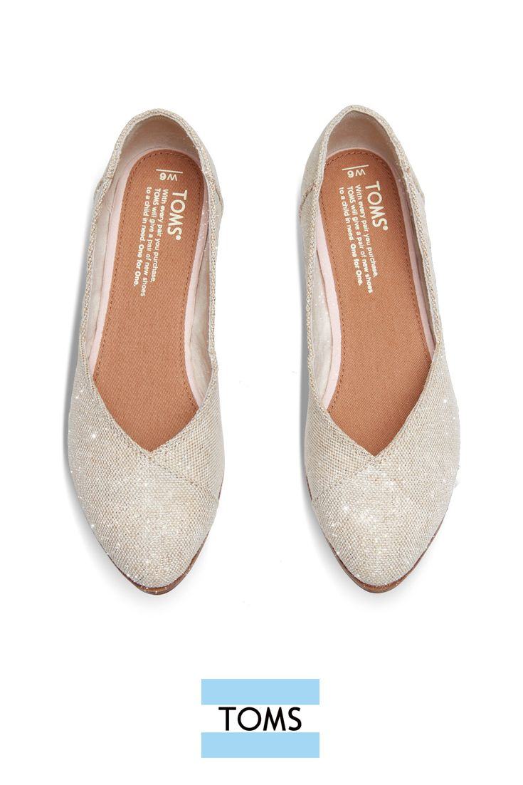 Natural Metallic Burlap Women S Jutti Flats From Toms This Limited Edition Slip On Shoe Is A Pointed Toe Cute Shoes Flat Shoes Women Wedding Shoes Comfortable