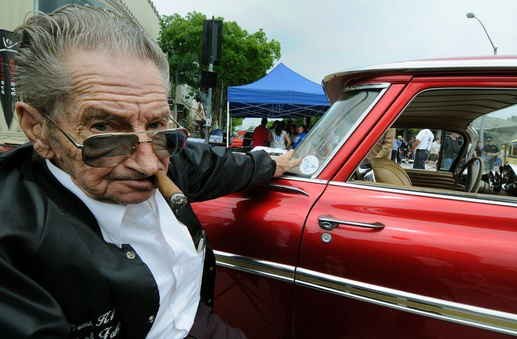 BILL HINES, HIS CAR, Culver City, California Kustom