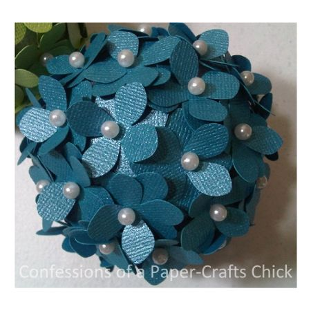 Confessions of a Paper-Crafts Chick: Pomander Flower Ball