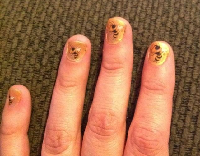 Georgia Tech Game day nails - Buzz as a temporary tattoo on nails ...