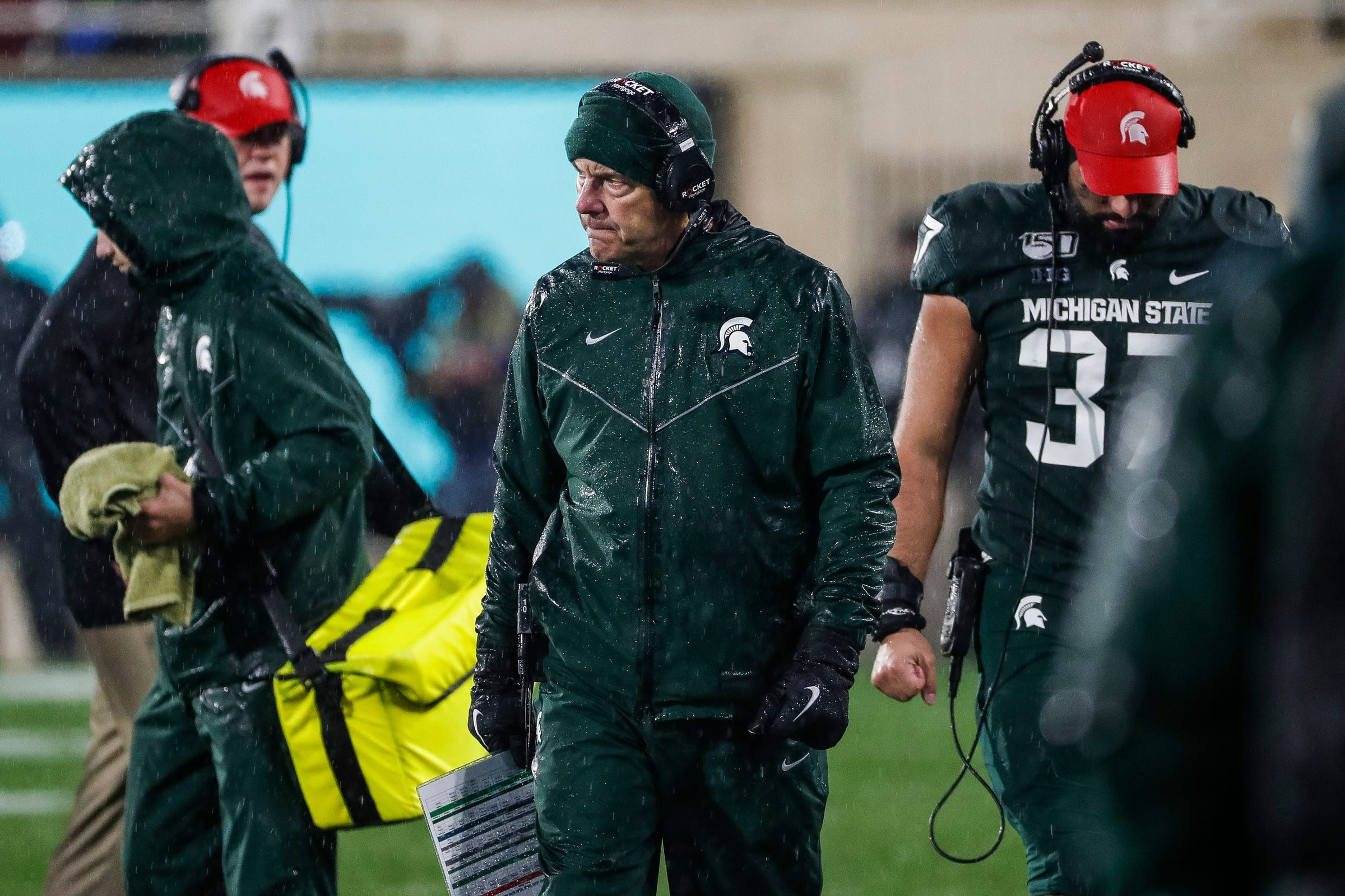 Michigan State S Mark Dantonio Lives In The Present Of Michigan Week As Some Demand Change Michigan State Football Mark Dantonio Msu Football