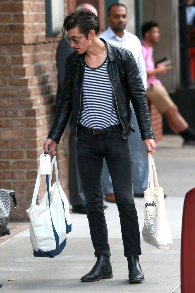 Alex Turner Photos Photos Alex Turner And Taylor Bagley Step Out In New York Greaser Style Mens Street Style Alex Turner