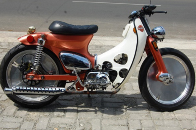 honda c70 racing touring