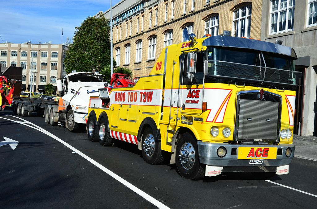 Need a Tow 24 hour towing and rescue for light and heavy