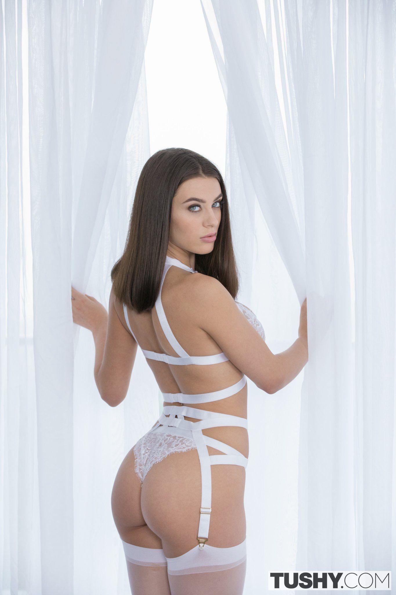 Aubrey belle anal